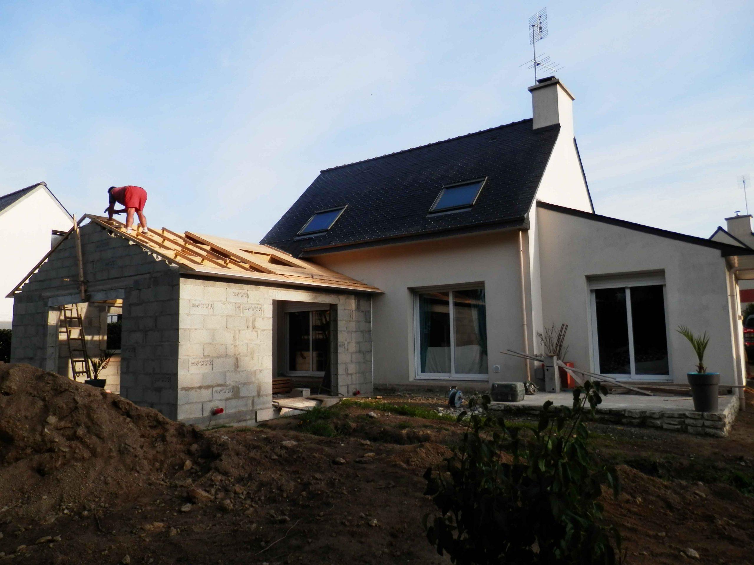 Construction extension maison charpente